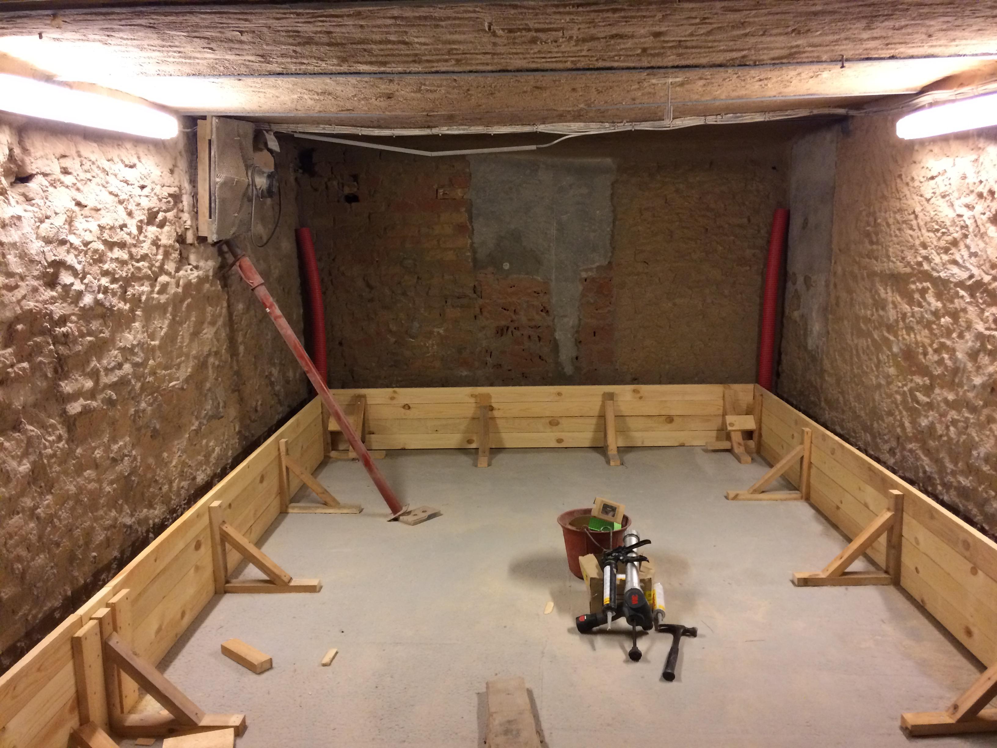 Beton waterdicht maken | Kelderdichting | Aquastra